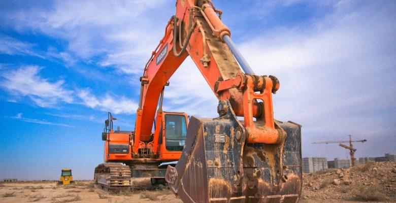 Engin de chantier utilisé lors de travaux de BTP